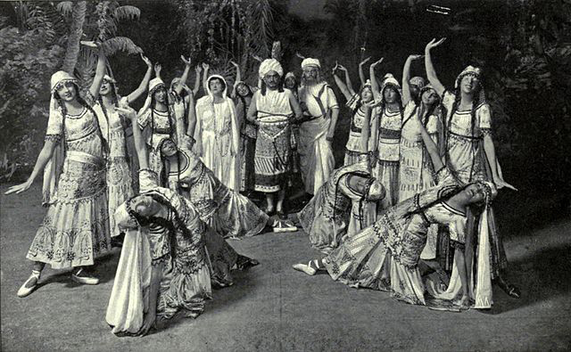 The Pearl Fishers at the Met, New York, 1916 (image)