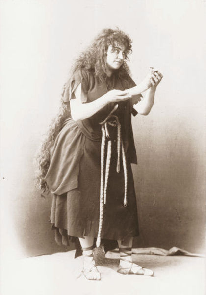 Amalie Materna as Kundy in Wagner's opera Parsifal, Bayreuth, 1872 (image)