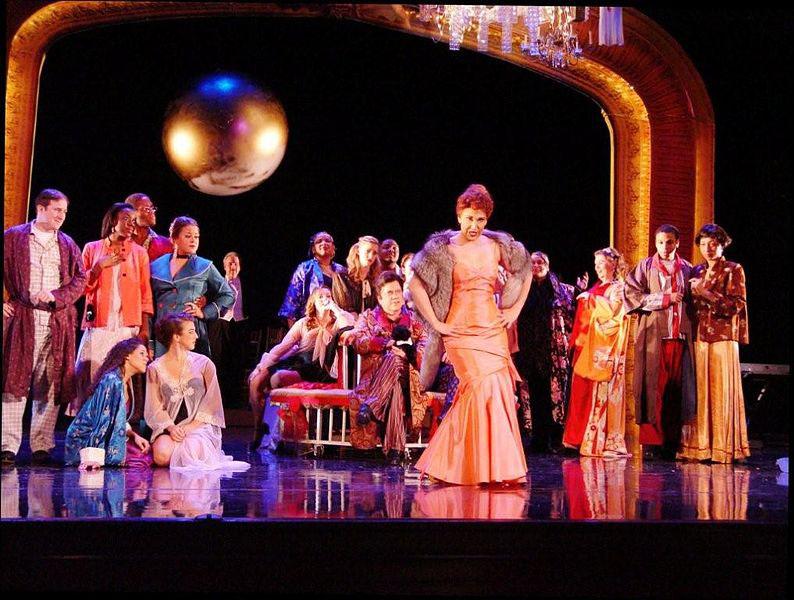 Die Fledermaus (Strauss) production in Pittsburgh, 2009 (image)