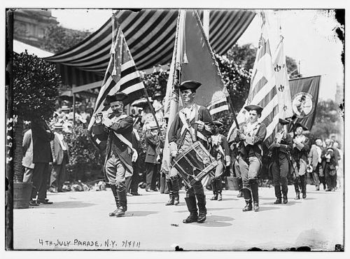 Drum and flute, Independence Day march, New York, 1910 (image)