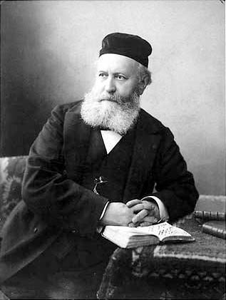 Charles Gounod - photo by Nadar, 1887 (image)