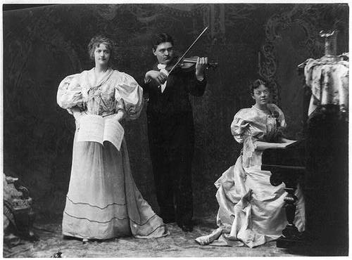 Violin and piano in law company concert, 1895 (image)